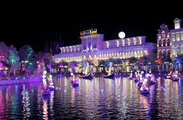Kỳ ảo màn trình diễn 'Thương cảng thần tiên' ở Vinpearl Land Nam Hội An-4