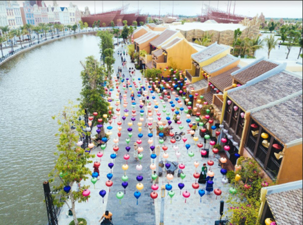 Kỳ ảo màn trình diễn 'Thương cảng thần tiên' ở Vinpearl Land Nam Hội An-5