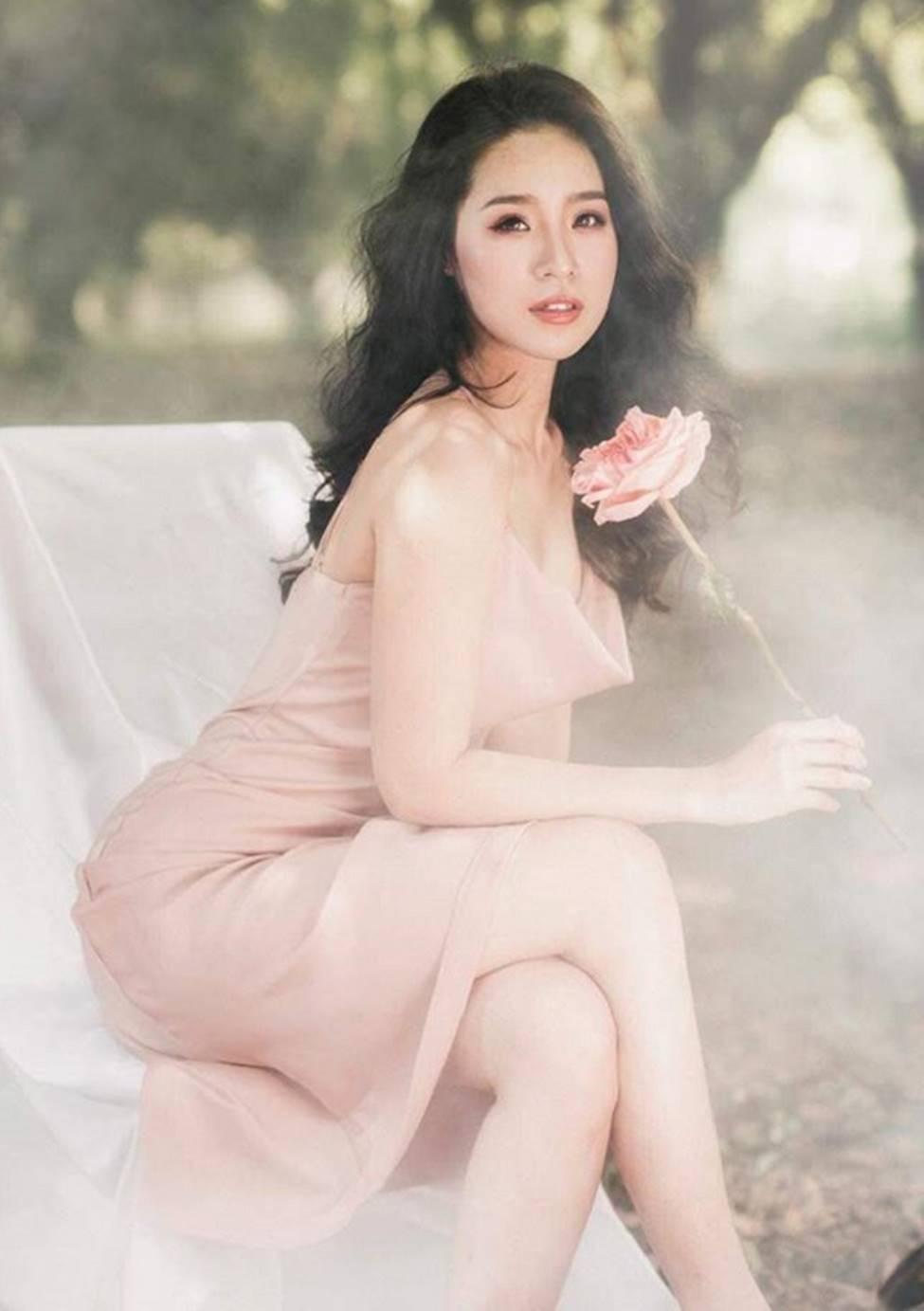 Nữ sinh 2000 đổ xô thi hoa hậu: Người đẹp Đà Nẵng giống Lưu Diệc Phi gây chú ý-19