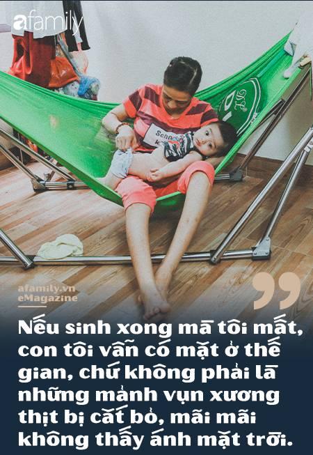Người mẹ ung thư 2 lần đánh cược với tử thần để sinh con-5
