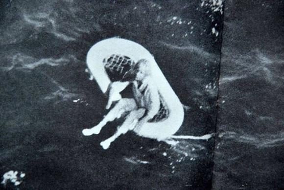 Án mạng giữa đại dương: Gã thuyền trưởng bỏ lại đứa bé cùng 4 người thân đã chết trên biển nhưng số phận của họ vẫn giao nhau đầy bất ngờ-5