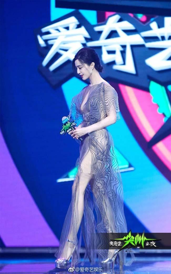 Song Hye Kyo, Phạm Băng Băng, Irina Shayk: Tuyệt đẹp mà vẫn đen tình-6