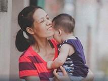 Người mẹ ung thư 2 lần đánh cược với tử thần để sinh con