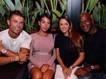 """C.Ronaldo gây """"bão"""" khi dẫn bạn gái xinh đẹp đi hẹn hò cùng Michael Jordan"""