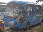 Xe khách lao xuống vực sâu 30m ở Quảng Ninh, 2 người tử vong-4