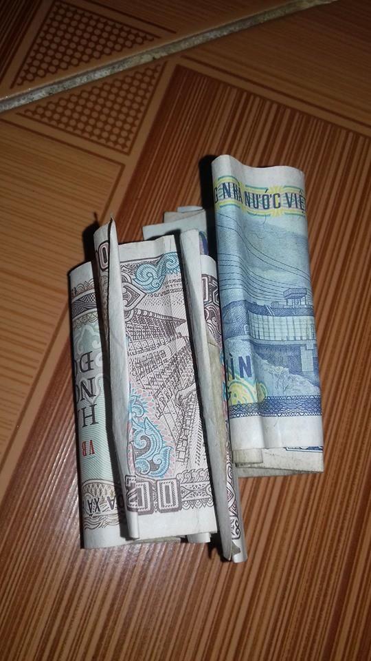 Xúc động tâm sự của nữ sinh về những đồng tiền lẻ mà người bà chắt chiu hằng ngày từ tiền sắt vụn gửi cho cháu-1