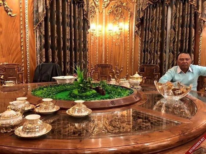 Cận cảnh căn biệt thự 300 tỷ dát vàng ở Hà Nội-3