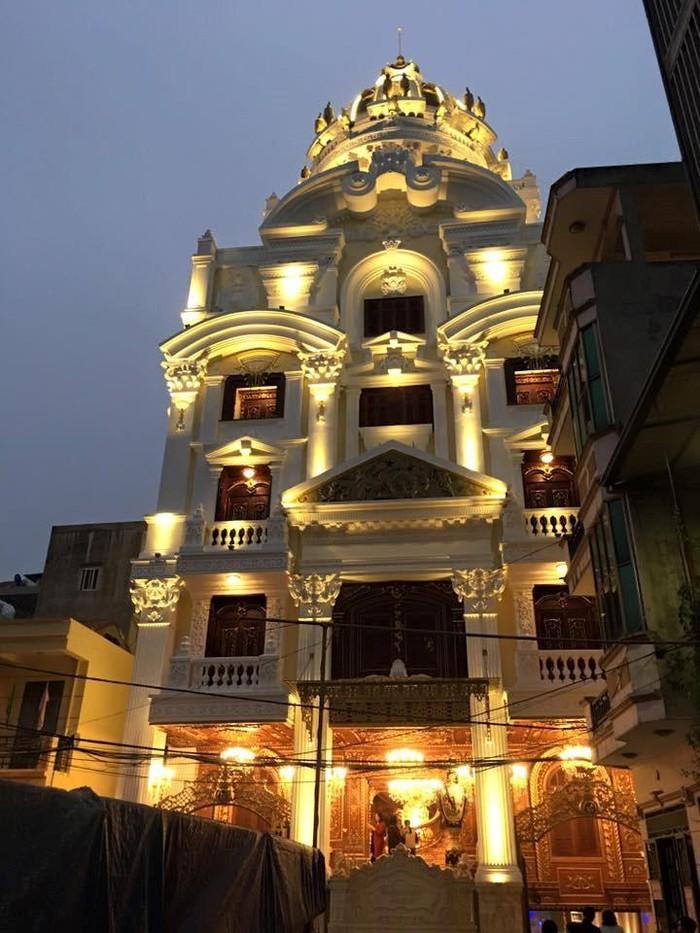 Cận cảnh căn biệt thự 300 tỷ dát vàng ở Hà Nội-6