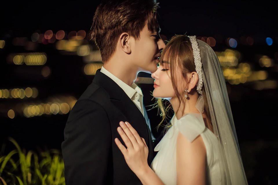 Khẳng định không cưới chạy bầu, ảnh cưới của Thu Thủy vẫn tiếp tục khiến dân mạng hoài nghi khi nhìn đến vòng 2-12