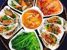 Mẹ đảm khoe những bữa cơm hàng ngày đầy ắp món như có khách cho nhà 4 người