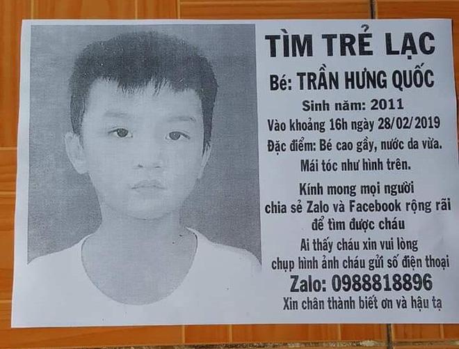 Xúc động người cha ở Sài Gòn ôm con khóc trong hạnh phúc sau hơn 4 tháng tìm kiếm mỏi mòn-2