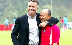 HLV Park Hang Seo lần đầu tái ngộ Guus Hiddink, U22 Việt Nam đá giao hữu tại Trung Quốc chuẩn bị cho SEA Games-1
