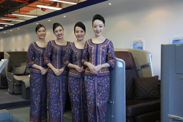 Chiêm ngưỡng dàn chân dài quyến rũ của các hãng hàng không nổi tiếng-2