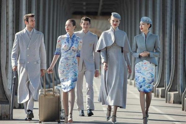 Chiêm ngưỡng dàn chân dài quyến rũ của các hãng hàng không nổi tiếng-8