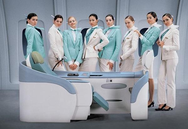 Chiêm ngưỡng dàn chân dài quyến rũ của các hãng hàng không nổi tiếng-14