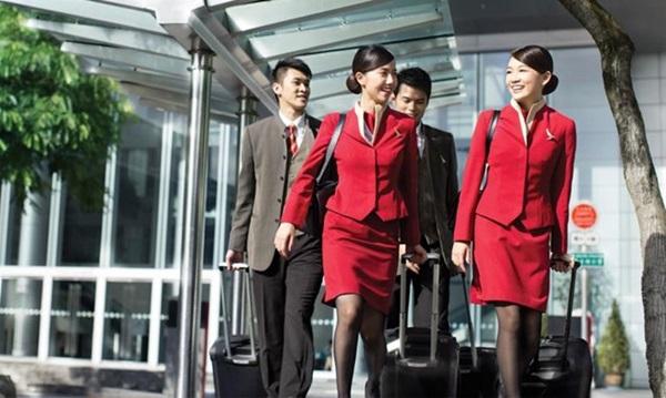 Chiêm ngưỡng dàn chân dài quyến rũ của các hãng hàng không nổi tiếng-16