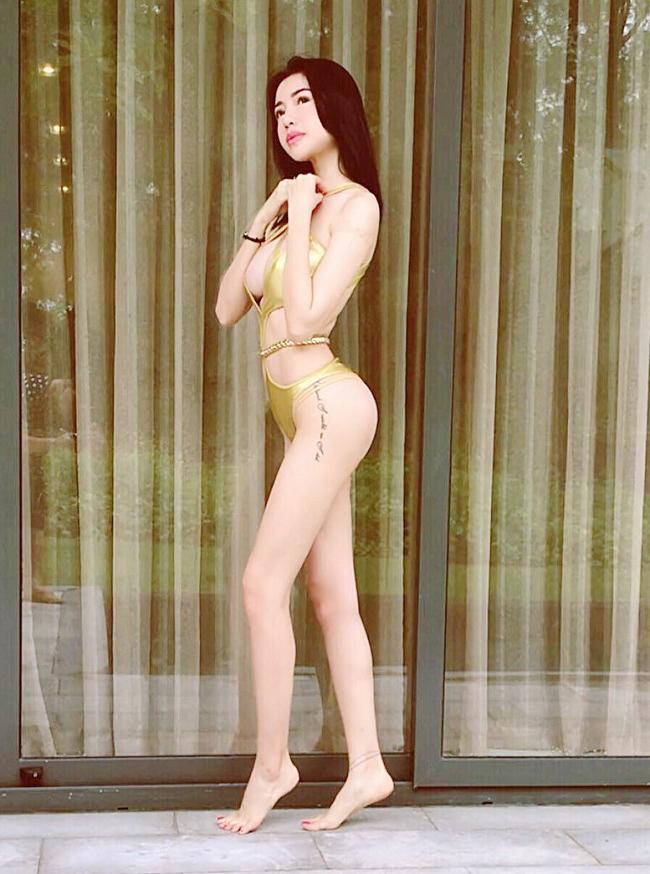 Áo tắm gắt nhất showbiz Việt: Bé xíu bằng bàn tay, cắt xẻ tứ bề...-1
