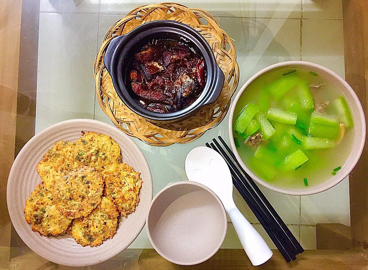 9x Hà Nội khiến MXH phát sốt vì 30 mâm cơm đẹp xuất sắc, chỉn chu đến từng cọng rau miếng thịt-9