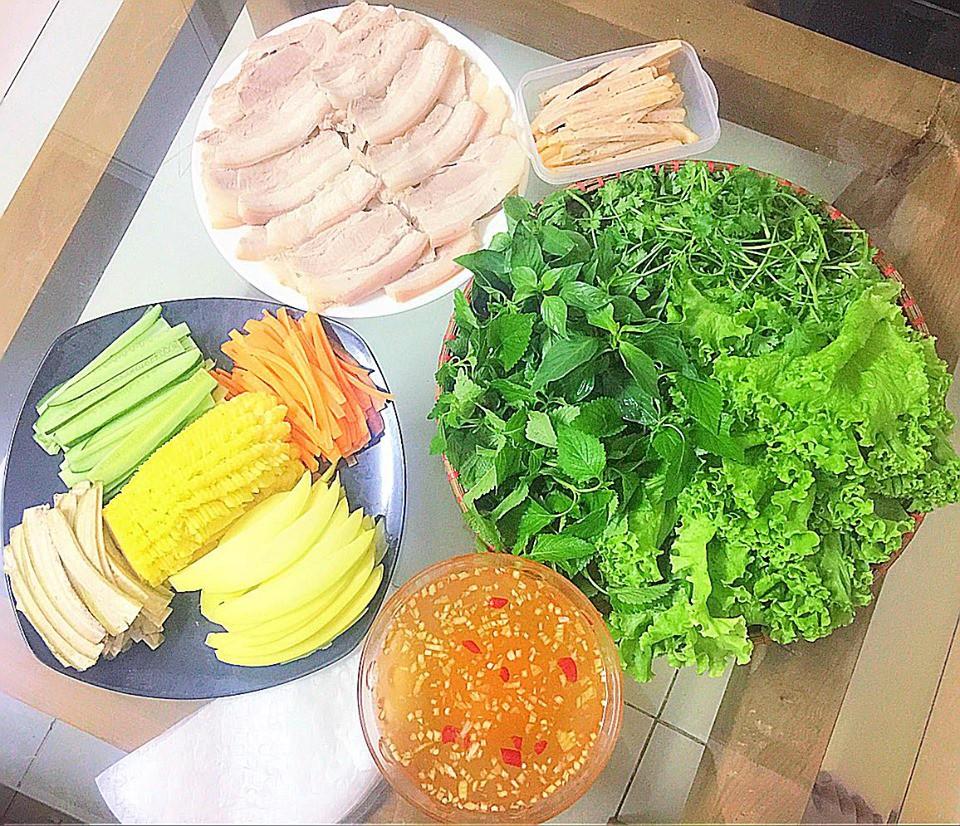 9x Hà Nội khiến MXH phát sốt vì 30 mâm cơm đẹp xuất sắc, chỉn chu đến từng cọng rau miếng thịt-20