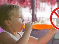 Chỉ mặt 4 loại nước khiến trẻ 'lùn tịt', ăn mãi không lớn, đừng dại cho con uống vào