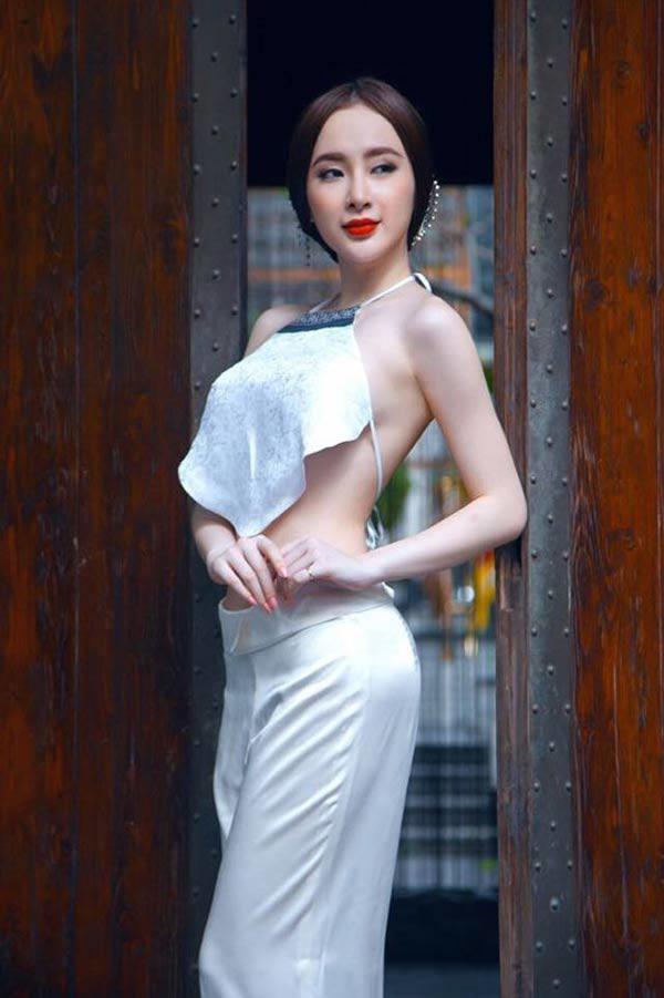 Còn đâu Nữ hoàng sexy, Angela Phương Trinh giờ đây ăn vận nền nã hơn xưa bội phần-3