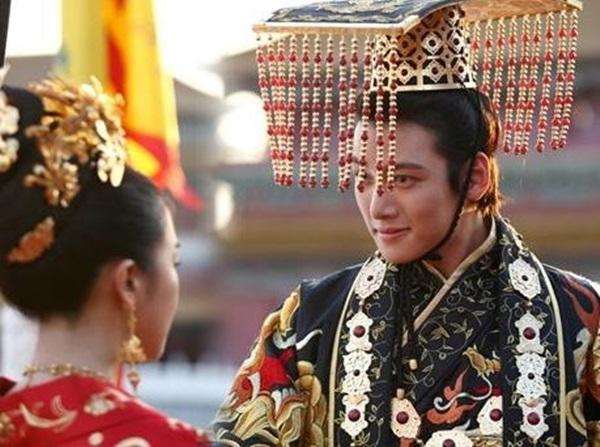 Đánh ghen phải đẳng cấp như các bà hoàng Trung Hoa: Người câm lặng đến chết, kẻ biến người thành lợn-1