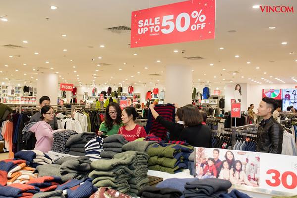 Hơn 800 thương hiệu giảm đến 50% trong mùa lễ hội Red Sale Carnival 2019-1