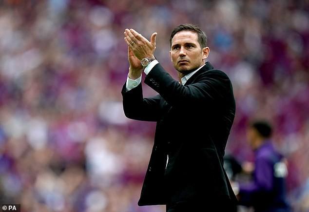 Trước mắt là chông gai, Lampard đáp trả bất ngờ khi được đề nghị xin tư vấn từ Mourinho-5
