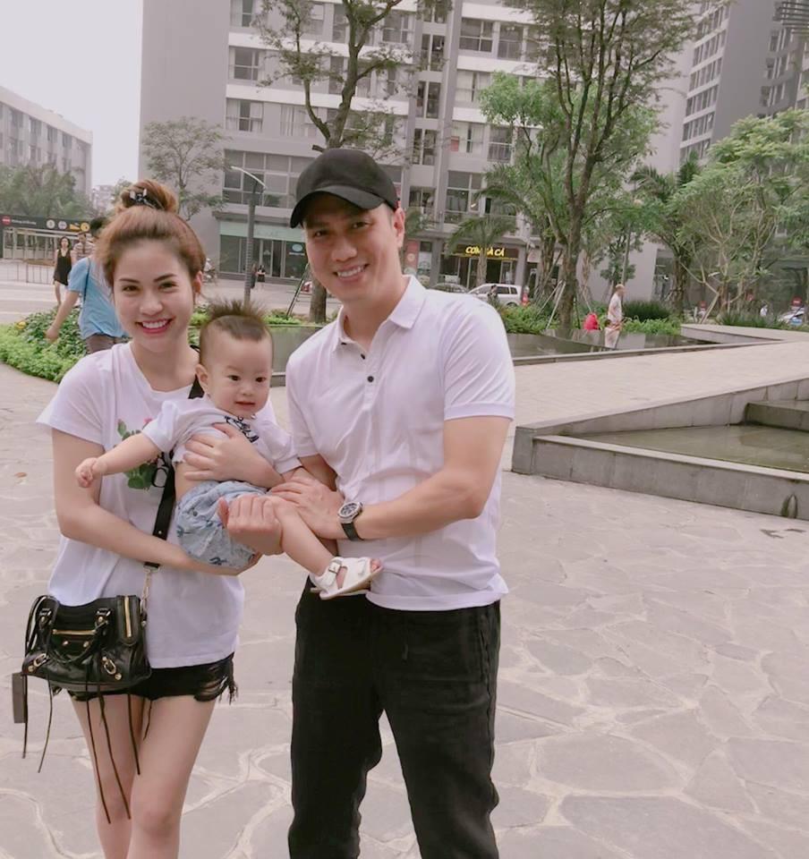 Bất lực một mình chăm con ốm đau, vợ cũ Việt Anh tâm sự: Nhiều người đúng là bạc như vôi!-2