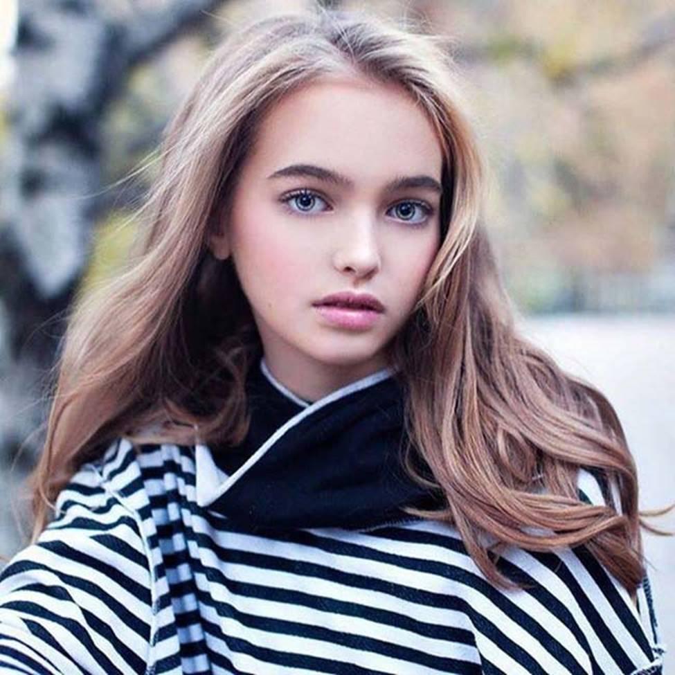 4 người đàn bà, thiếu nữ Nga đẹp nghiêng thành, nhìn xa ngỡ búp bê biết nói-14