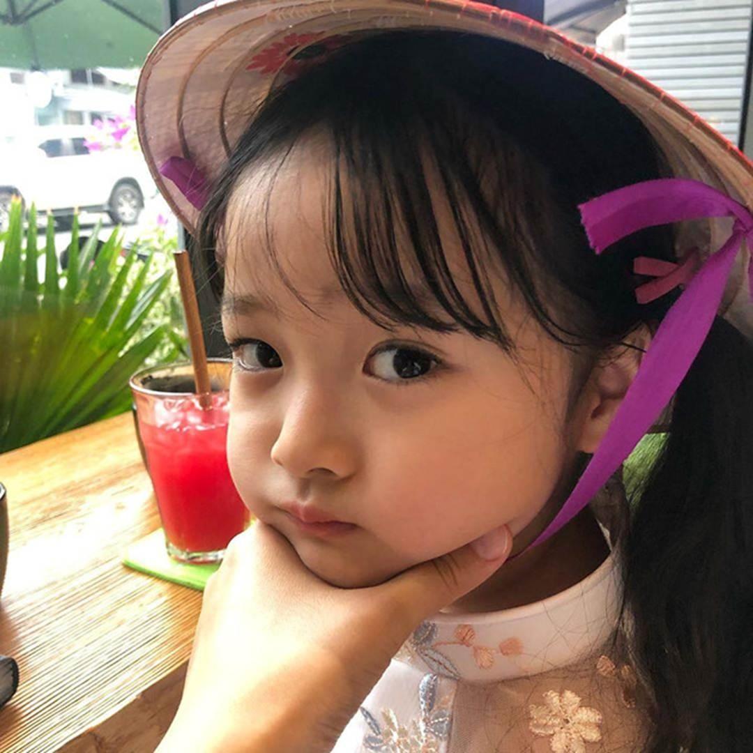 Hot kid Hàn có 1,7 triệu follow khoe mặc áo dài, đội nón lá ở Đà Nẵng-3
