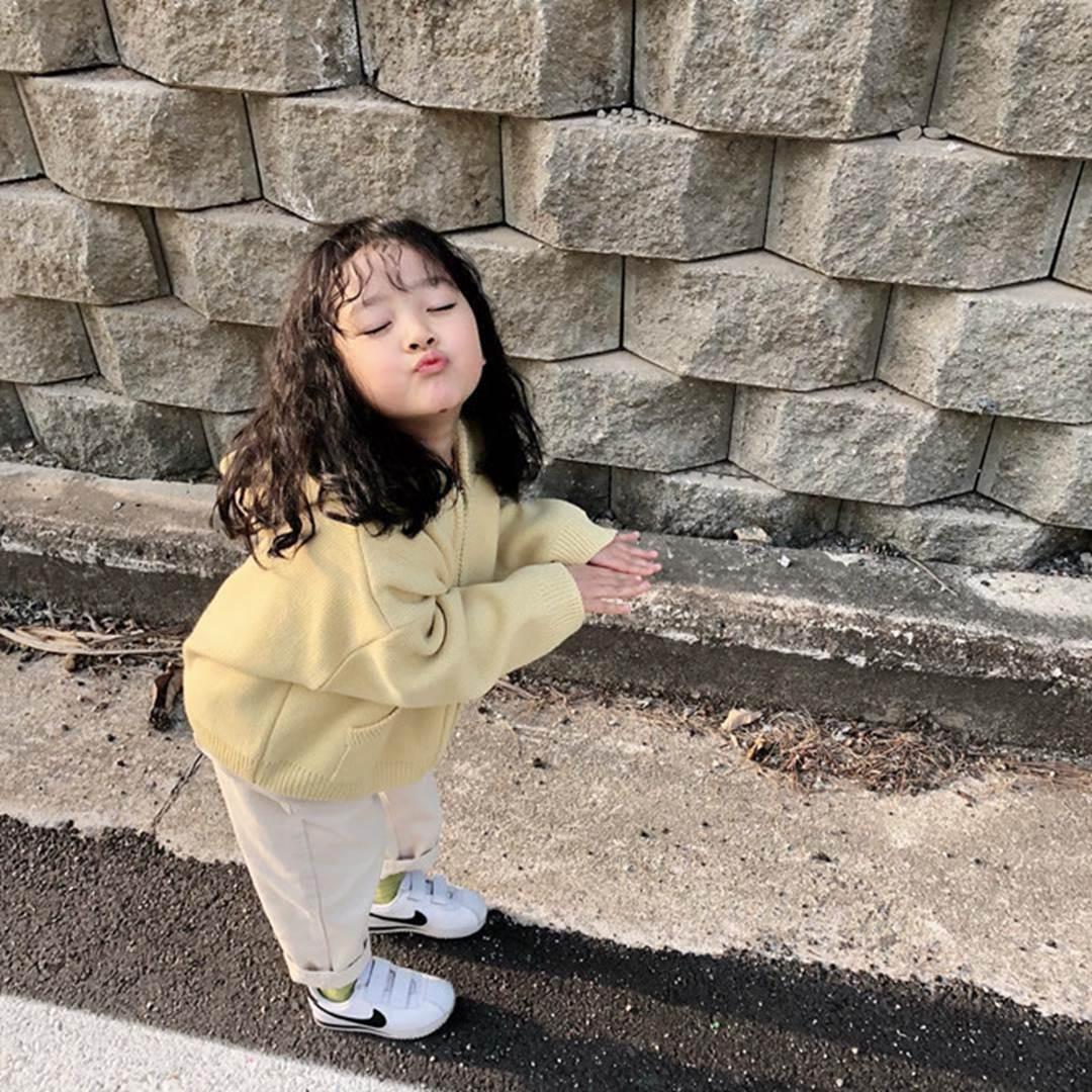 Hot kid Hàn có 1,7 triệu follow khoe mặc áo dài, đội nón lá ở Đà Nẵng-7