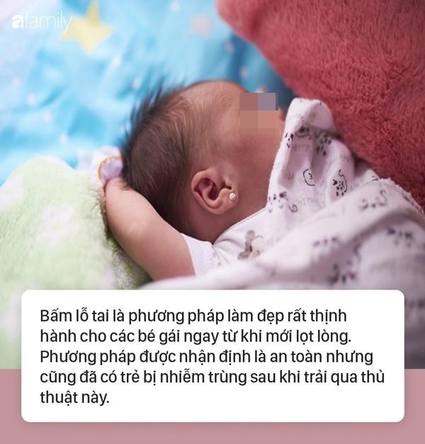 Đã có trẻ suýt chết do bấm lỗ tai, chuyên gia nhắc cha mẹ đừng quên điều này trước khi muốn làm đẹp cho con-1