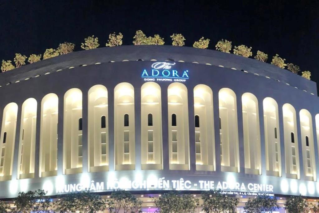 Ai là chủ The Adora Center, nơi hàng chục người ăn tiệc rồi nhập viện?-1
