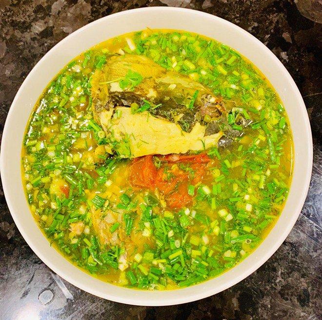 Lã Thanh Huyền khoe bữa ăn ngon khó cưỡng nhưng bình luận của hội bạn thân gây chú ý-3
