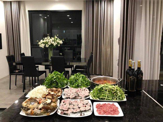 Lã Thanh Huyền khoe bữa ăn ngon khó cưỡng nhưng bình luận của hội bạn thân gây chú ý-20
