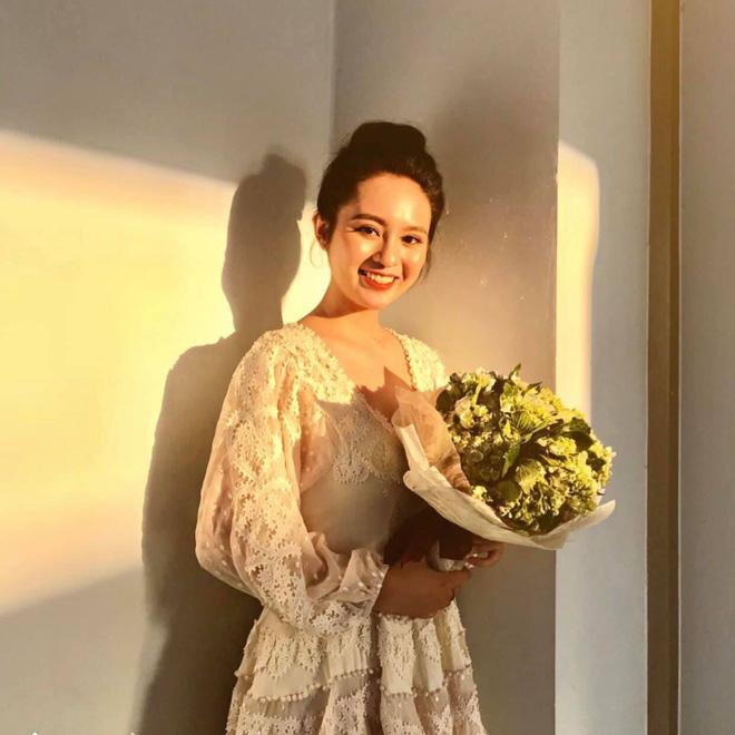 Nữ sinh Kon Tum và những bức hình khiến dân mạng xao xuyến vì quá xinh đẹp-4