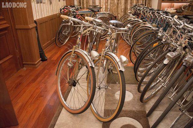 Những chiếc xe đạp cổ giá bằng cả chiếc ô tô-3
