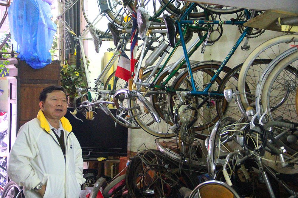 Những chiếc xe đạp cổ giá bằng cả chiếc ô tô-5