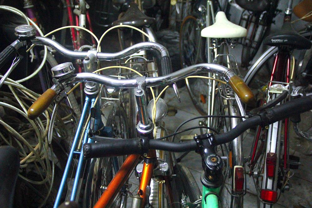 Những chiếc xe đạp cổ giá bằng cả chiếc ô tô-8