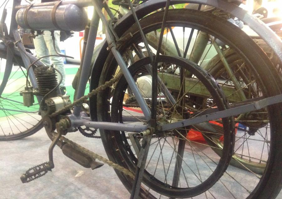 Những chiếc xe đạp cổ giá bằng cả chiếc ô tô-15