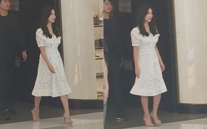 HOT: Song Hye Kyo lần đầu lộ diện sau vụ ly hôn ngàn tỷ, nhan sắc cực phẩm nhưng lại tiều tụy đến xót xa-1