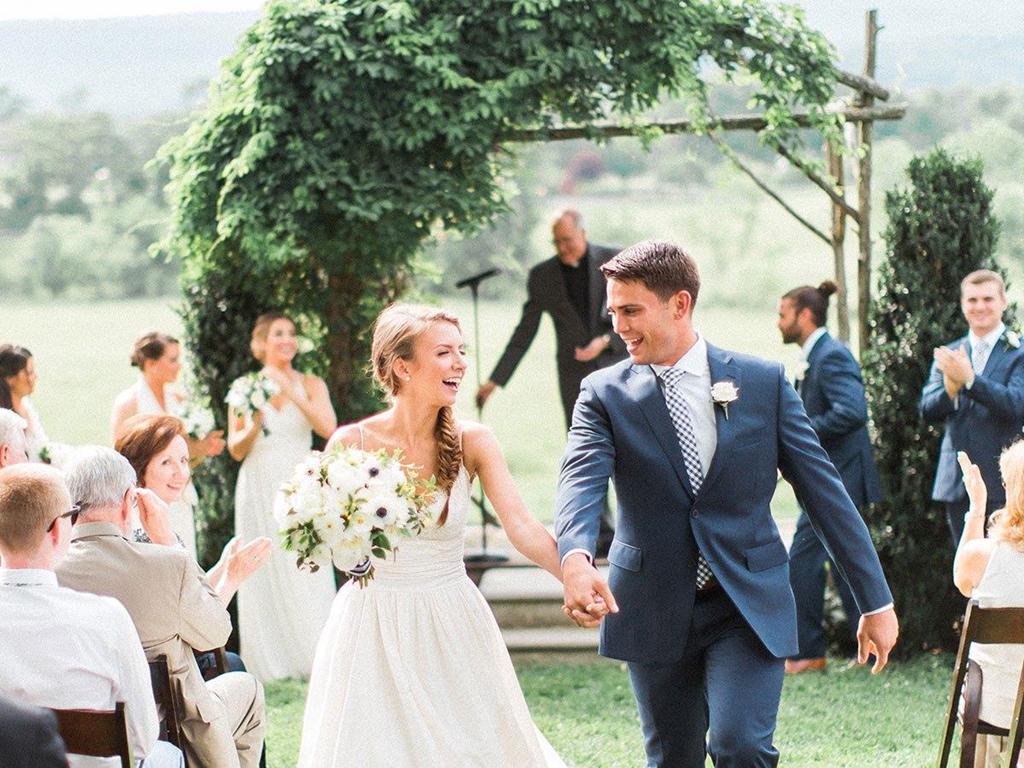 Cấm trẻ em vào đám cưới: Văn minh hay ích kỷ?-1