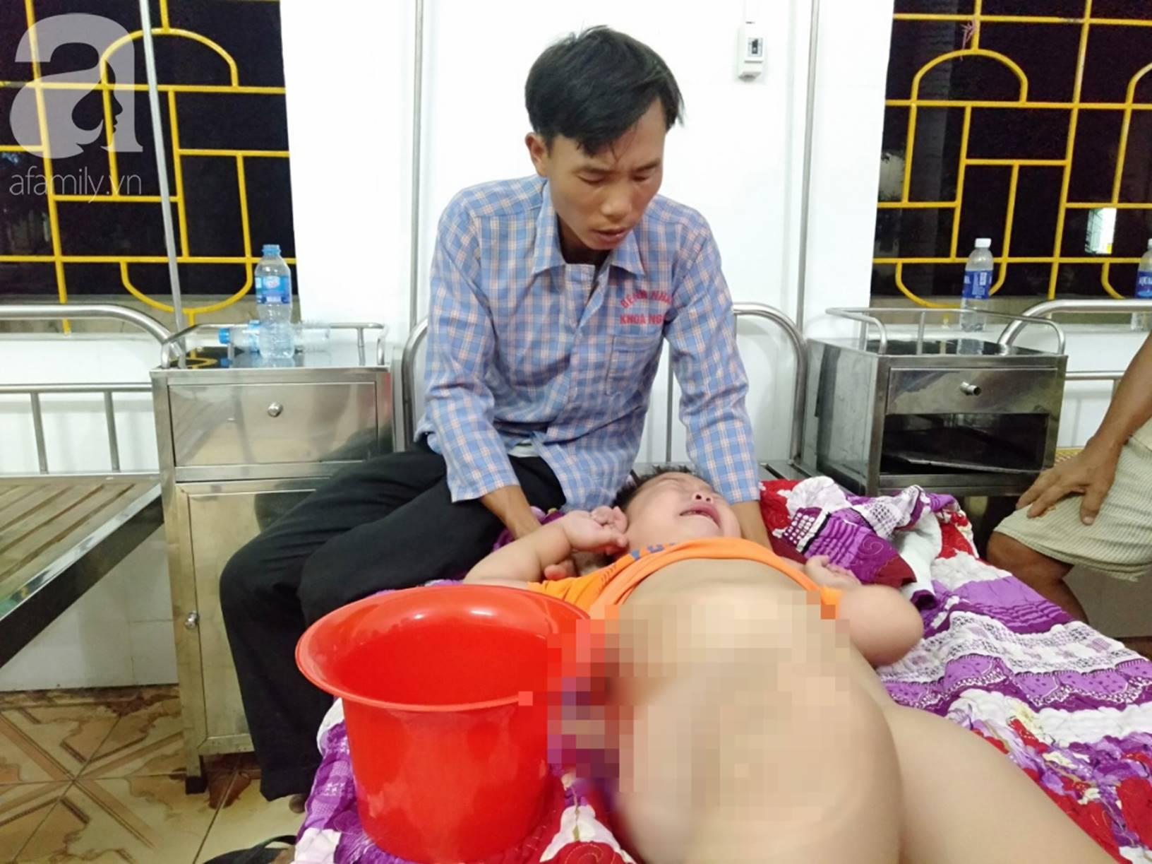 Vợ chồng nghèo cầu cứu 100 triệu đồng cho con trai 7 tuổi mắc bệnh thận có cơ hội phẫu thuật, giành lại sự sống-4