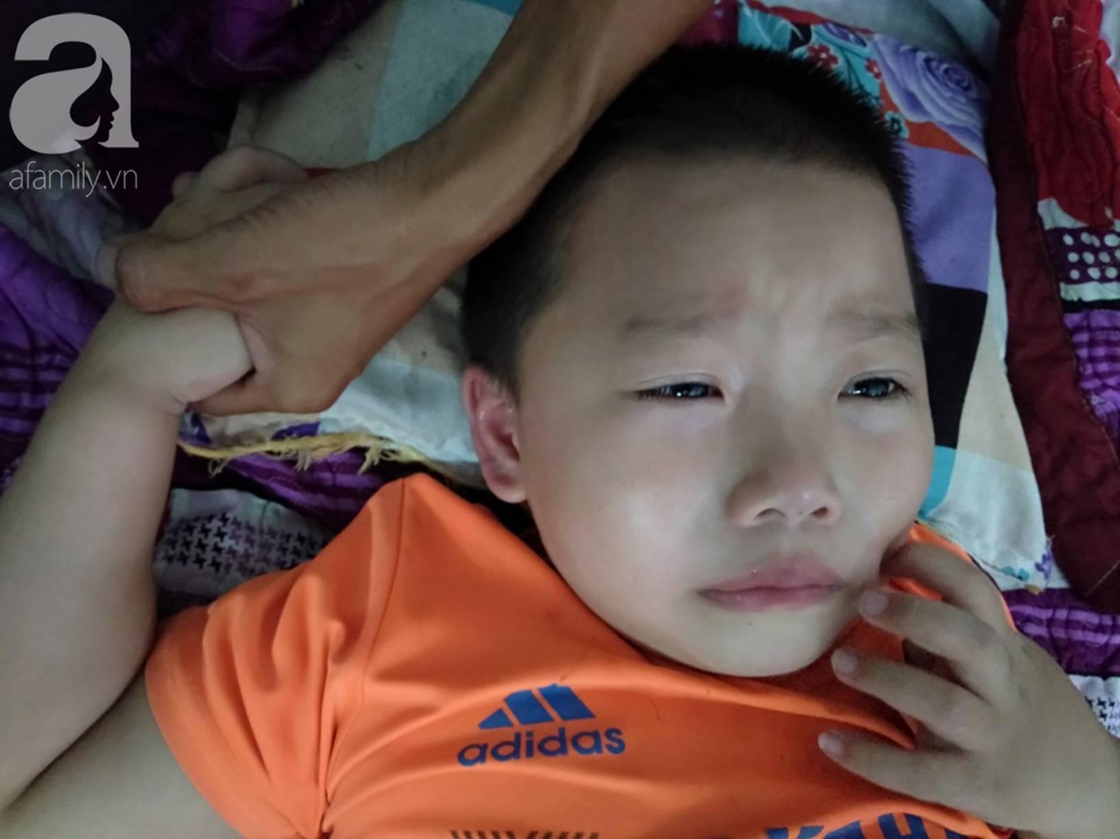 Vợ chồng nghèo cầu cứu 100 triệu đồng cho con trai 7 tuổi mắc bệnh thận có cơ hội phẫu thuật, giành lại sự sống-6