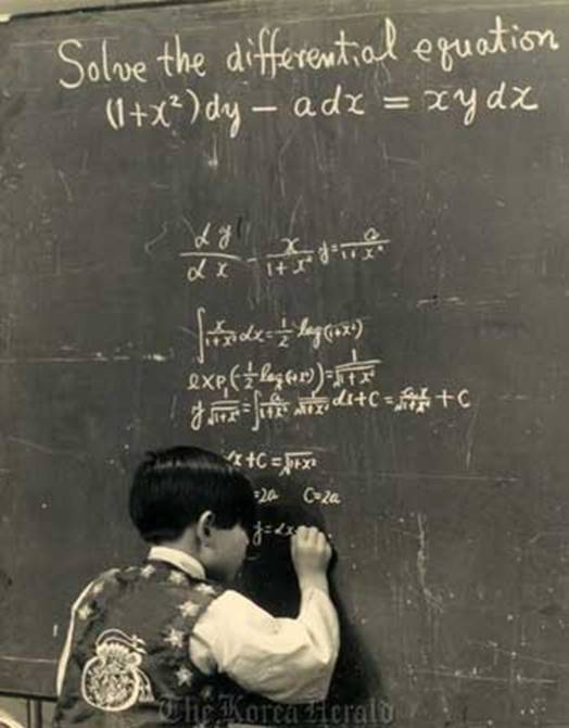 Thần đồng IQ cao nhất thế giới từ bỏ công việc ở NASA để về với mẹ: Tôi không muốn sống như cái máy vô hồn, tôi hạnh phúc theo cách của mình-1