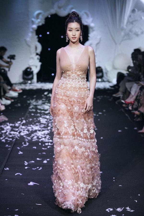 Sau ồn ào hôn thiếu gia Hà thành, Hoa hậu Đỗ Mỹ Linh lần đầu chia sẻ đầy ẩn ý-1