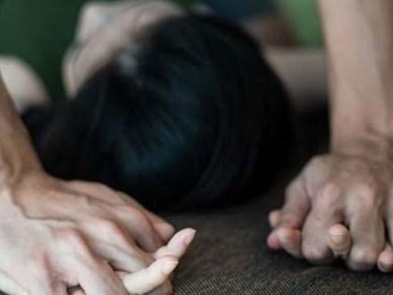 Hiếp dâm 2 con gái ruột khoảng 10 tuổi, người cha bất ngờ tử vong khi đang chịu tù chung thân