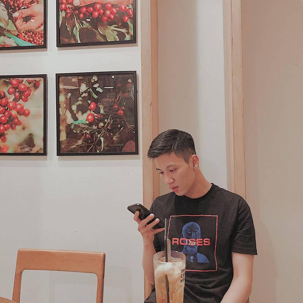 Thầy giáo Việt hot nhất MXH những ngày qua: Đẹp trai cao ráo như người mẫu, là thạc sĩ Ngôn ngữ tại Úc-4