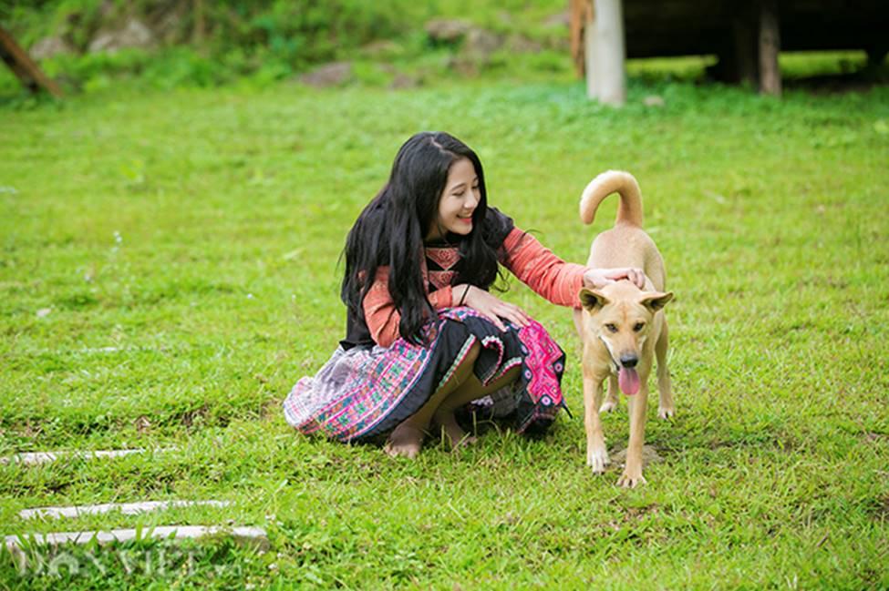 Vẻ đẹp tinh khiết của Hoàng Thùy Linh 9X thay thế hot girl Trâm Anh-1